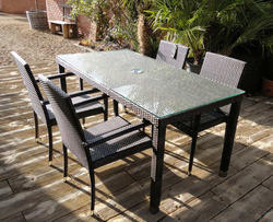 Pool Side Dining Furniture