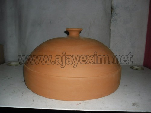 Clay dome pizza oven