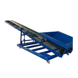 Container Liner Feeding Conveyor
