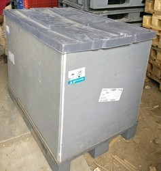 Plastic,Wooden Rectangular Gray Plasic Pallet Box, Capacity: 1 Ton, Size: 1200x800mm
