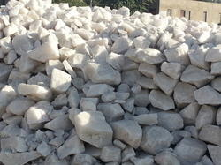 Snow White Quartzite Lumps, Size: 30-150 mm