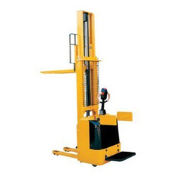 Battery Operated Hydraulic Pallet Stackers