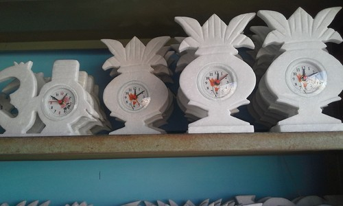 White Marble Clock, Shape: Kalsh