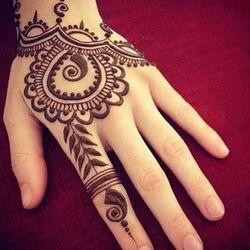 Henna Mehndi in Gurgaon, हिना मेहंदी
