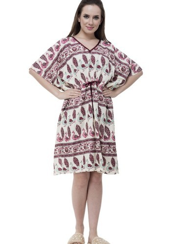 30a83f0194 Rayon Half Sleeves V-Neck Kaftan, Rs 399 /piece, Fusion Clothing ...