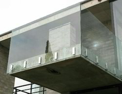 Glass Side Mounting Spigot