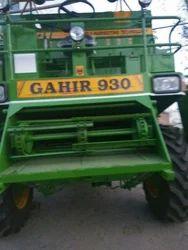 Combine Harvester in Nabha, कंबाइन