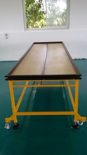 Packing Conveyor Tables