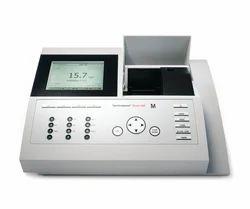 UV Visible Spectrophotometer - Merck - Pharo 100 Spectroquant