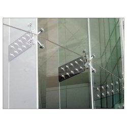 Stainless Steel Rectangular Glass Spider Fitting, Steel Grade: SS316