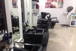 Men And Ladies Beauty Parlours Service