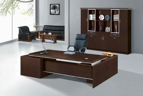Sunmica Furnished Office Table