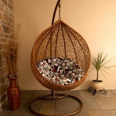 Attractive Outdoor Wicker Hanging Chair