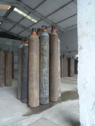 Carbon Dioxide Gas in Surat, कार्बन