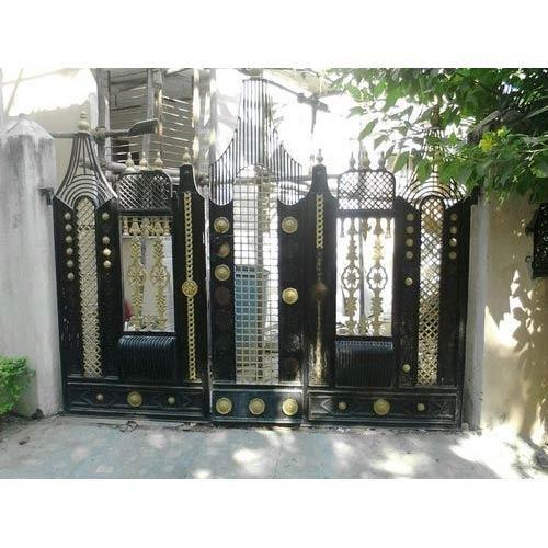 Maharaja Compound Gate