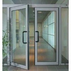 Aluminum Glass Door एल्युमिनियम और कांच का दरवाजा