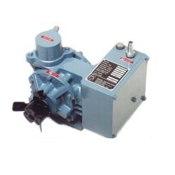 Maxima Semi-automatic Oil Lubricated Rotary Vane Vacuum Pump