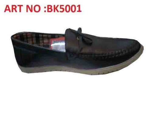 6bc4bbdd5130f Black Colour Loafers at Rs 225 /piece | कैनवास के ...