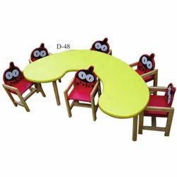 Bean Shape Table With Six Tango Chair