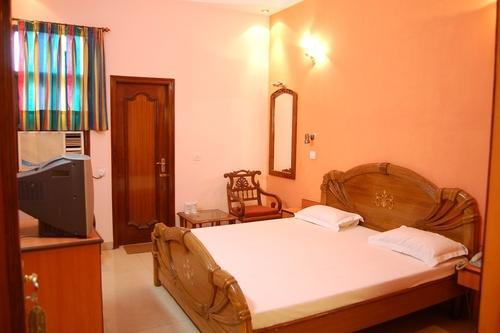 Semi Deluxe Room Accommodation Service