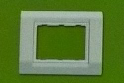 3 Module Plate