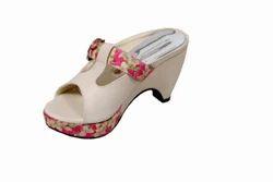 Ladies Footwear, Size: 6