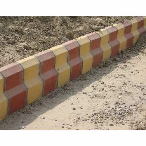 Concrete Kerb Stone - Designer Kerb Stone Manufacturer from Hosur
