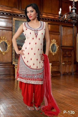 c0a4c2a57e Ladies Punjabi Salwar Suits, महिलाओं के लिए पंजाबी ...