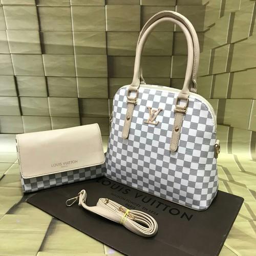 a1759a4e723a Louis Vuitton Black And Brown Hand Bag Set