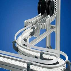 Flexible Slat Chain Conveyor