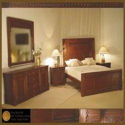 Tri Metal Lamps Rivaj Bed Set