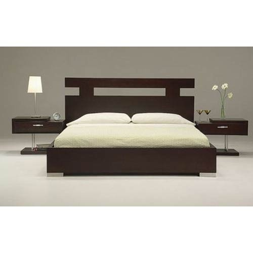 Double Bed With Side Table