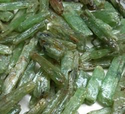 Green Kyanite Rough, Packaging Size: Small Or Big Size, Packaging Type: Packet