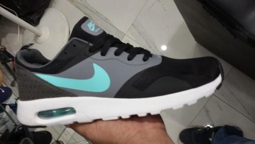 fe37035a092d Men Nike Presto Fly