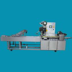 Cross Conveyor Flow Wrap Machine