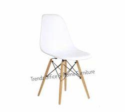 Designer Chair 638