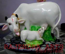 Fiber Kamdhanu Cow Statues