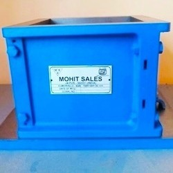 150 mm Cube Moulds