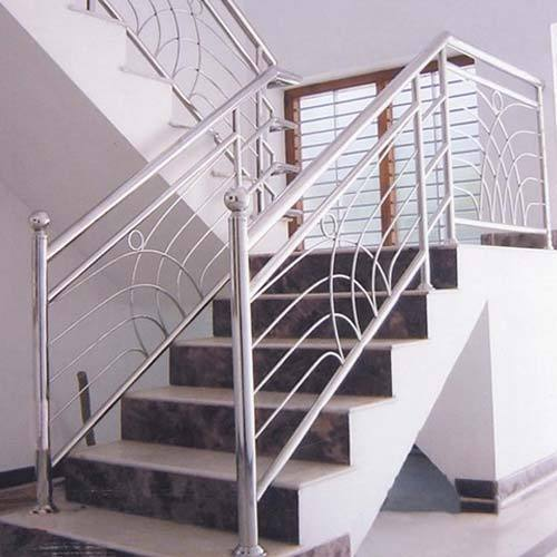 Stainless Steel Hand Rail At Rs 750 /square Feet