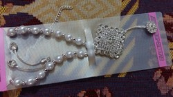 Pearl Necklace With Earrings