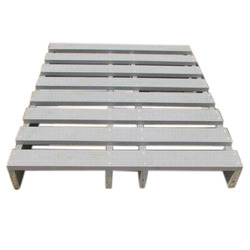 PP Molded Pallets