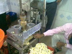 Pineapple Slicer Machine
