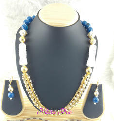 Nikita Plus Blue Traditional Pearl Mala Set