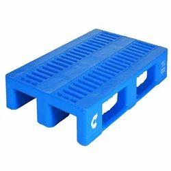 Medium Weight Plastic Pallet