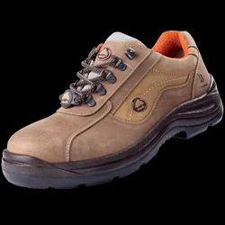 BS2013 Calm Bata Safety Shoes