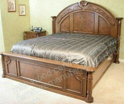 Light Natural Wooden Storage Bed
