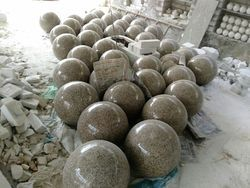 Stone, Marble Round Fountain Ball, For Garden Decor, Size: Starting From 3 Inches