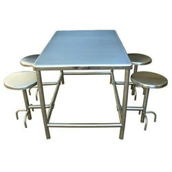 Ss 4 Seater Fixed Chair Canteen Table, Seating capacity: Four Person, Size: 4x3x3 Feet