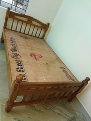 R.T.S. Furniture Wooden Solid teakwood double cot 6x4 size, Size: 6x6 Feet