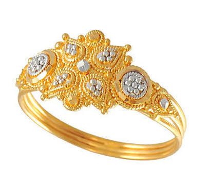 Golden La s Ring at Rs 3000 gram